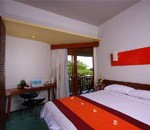 Kamar tamu Mercure Kuta Hotel