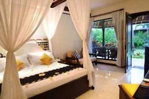 Kamar Tamu Legian Beach Hotel