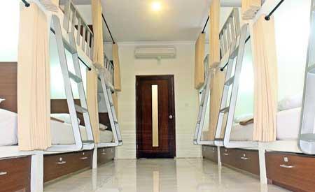Ruangan asrama di Mirah Hostel